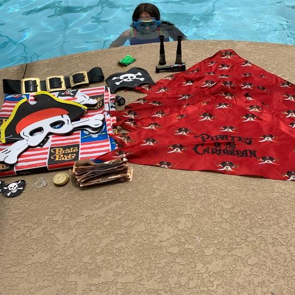 COPY - Pirate Party, table cloth, Disney handkerchiefs